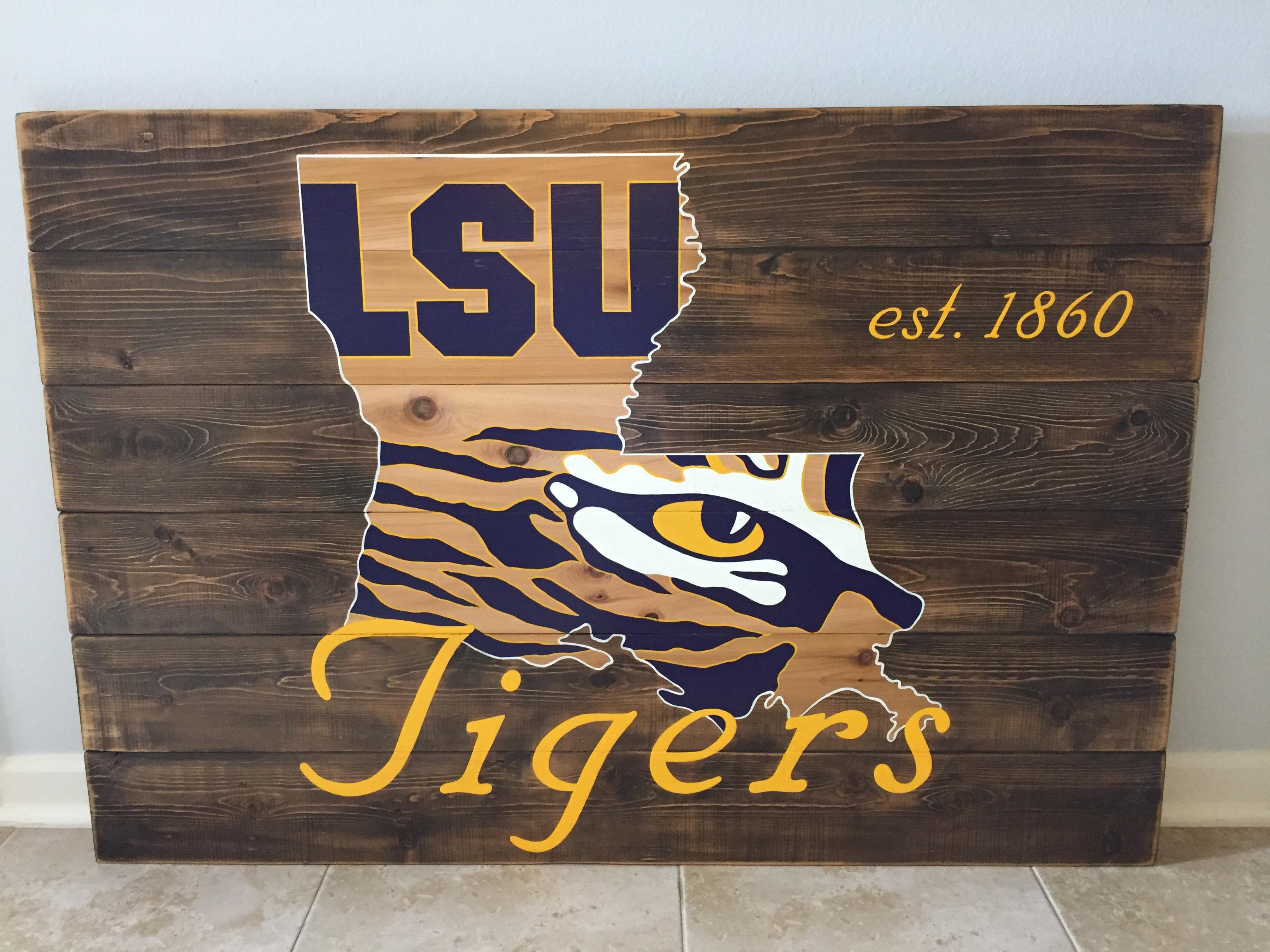 LSU Tigers sign